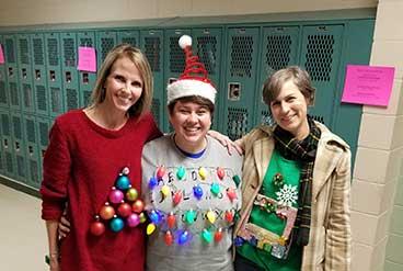 news sidebar - Tacky Christmas